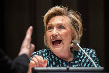 Hillary-Clinton-lunatic